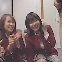 女子校生の前で包茎粗チンを晒しもの