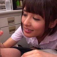 夏目優希の寸止め手コキ