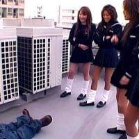 女子校生の性的いじめ