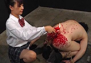 女子校生の蝋燭攻め