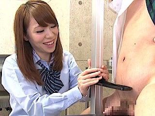 チン長測定で短小包茎を馬鹿にする女